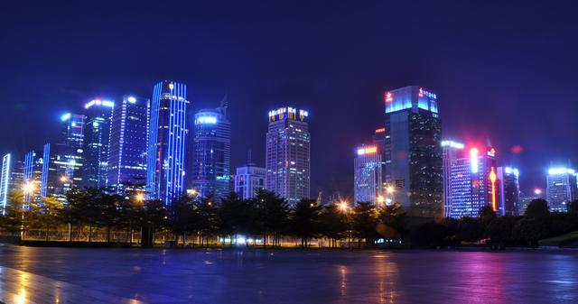 有哪些大公司的总部设在深圳?